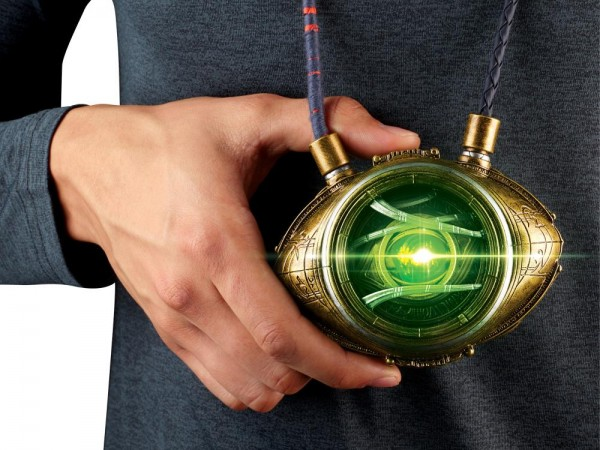 Doctor Strange Marvel Legends Prop Replik 1/1 Eye of Agamotto