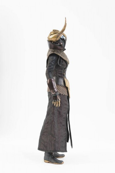 Destiny 2 Actionfigur 1/6 Warlock Philomath Golden Trace Shader