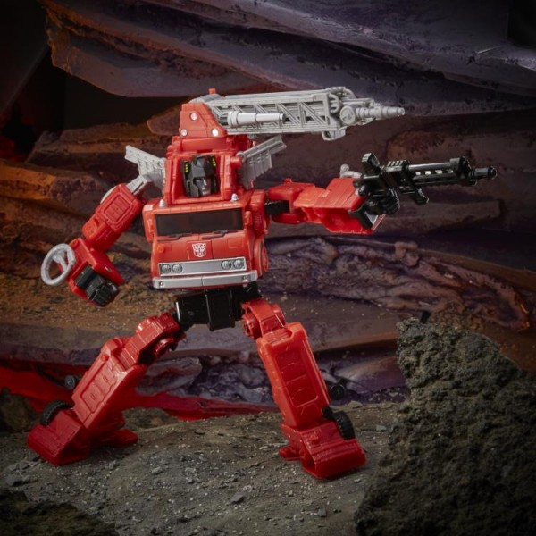 Transformers Generations War For Cybertron KINGDOM Voyager Inferno