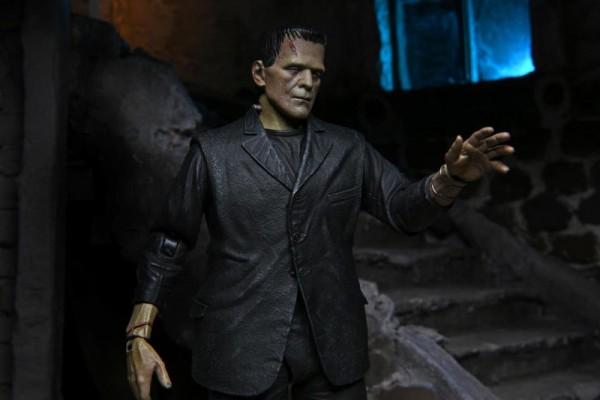 Universal Monsters Actionfigur Ultimate Frankenstein's Monster (Full Color)