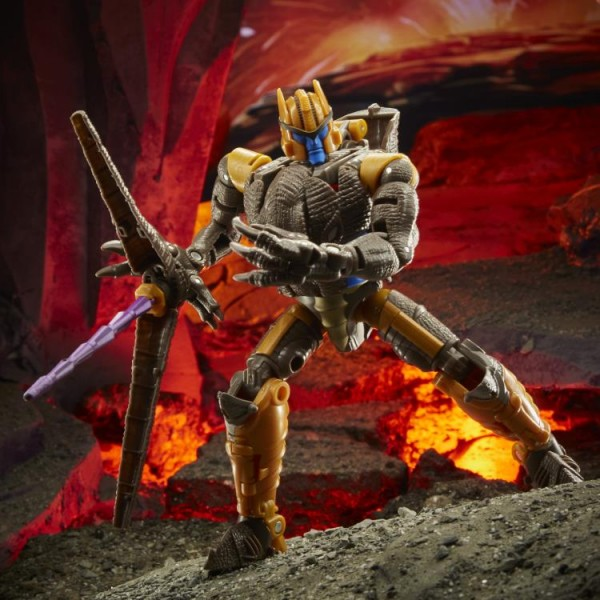 Transformers Generations War For Cybertron KINGDOM Voyager Dinobot