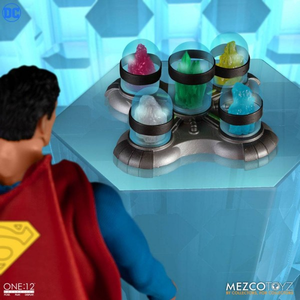 DC ´The One:12 Collective´ Actionfigur 1/12 Superman (Man of Steel Edition)