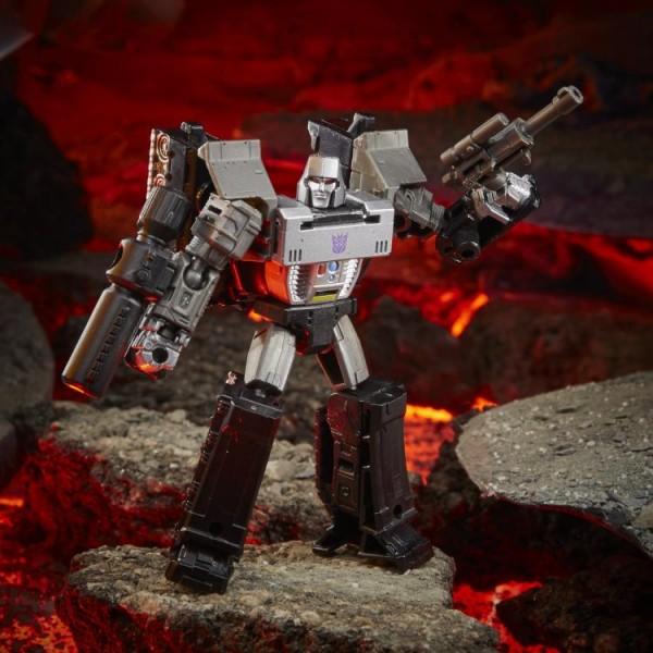 Transformers Generations War For Cybertron KINGDOM Core Megatron