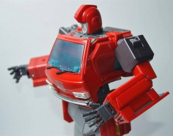 KFC KP-12 Posable Hands MP-27 Ironhide