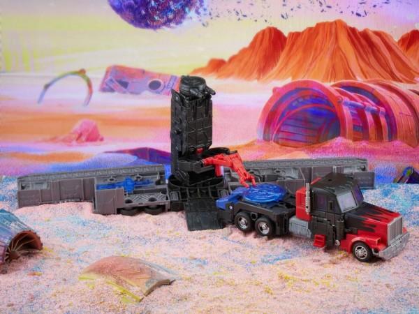 Transformers Generations LEGACY Leader Laser Optimus Prime