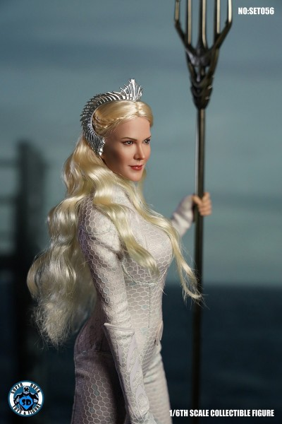 SUPER DUCK 1/6 Queen Atlantis (Costume & Head Set)
