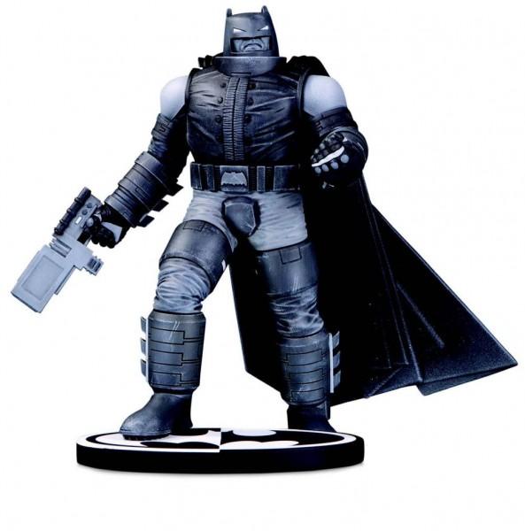 Batman Black & White Statue Batman by Frank Miller