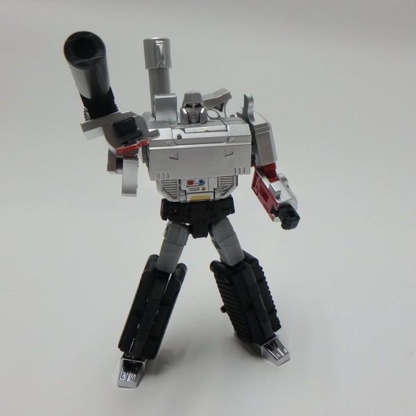 DX-9 War in Pocket X13 Mightron