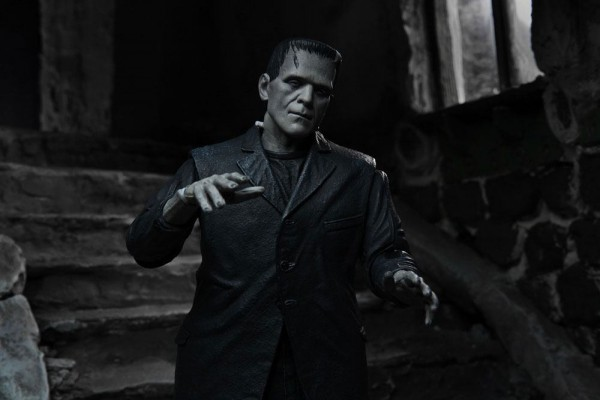 Universal Monsters Ultimate Actionfigur Frankenstein's Monster (Black & White)