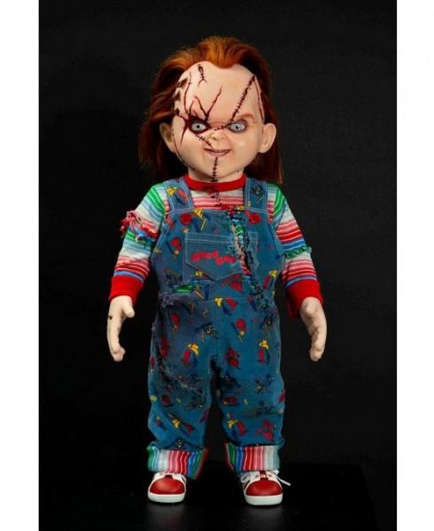 Chuckys Baby Prop Replik 1/1 Chucky Puppe