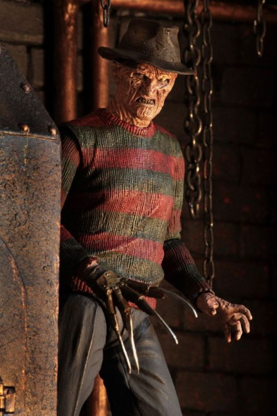 Nightmare on Elm Street 2 Ultimate Actionfigur Freddy Krueger