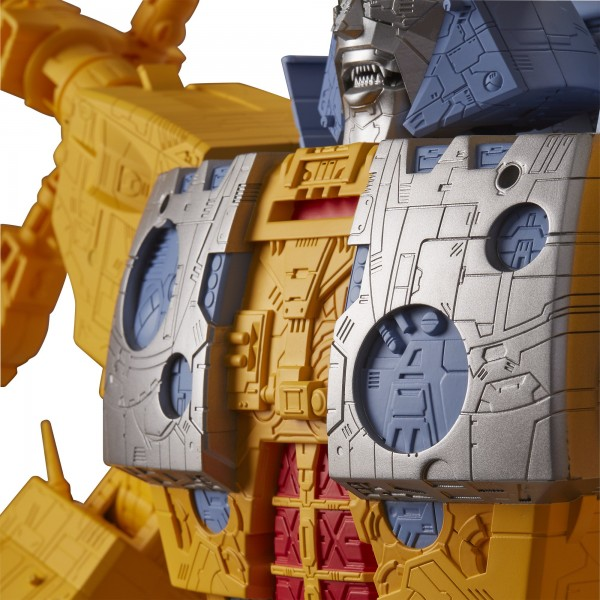 Transformers Generations War For Cybertron Unicron