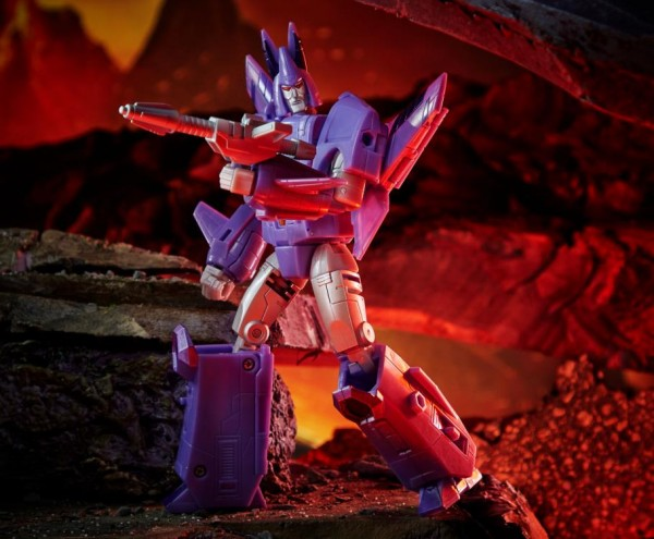 Transformers Generations War For Cybertron KINGDOM Voyager Cyclonus